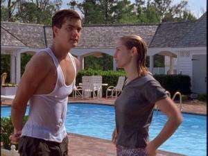 Pacey (Josh Jackson) and Andie (Merideth Monroe) are moist.